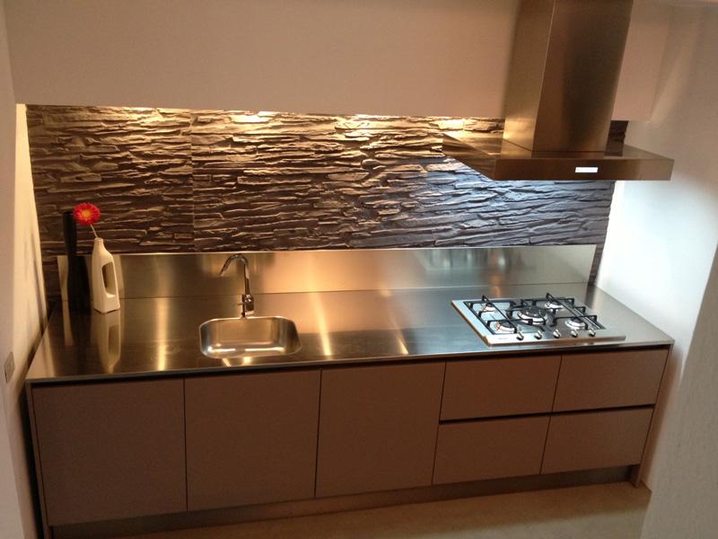 Awesome Top Cucina Acciaio Prezzi Contemporary - bakeroffroad.us ...